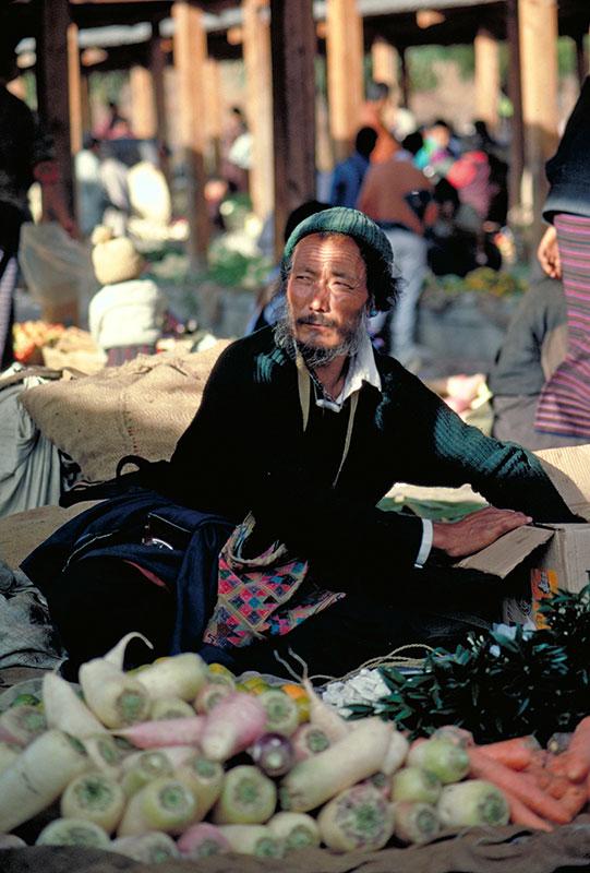 Visit the Bhutan Thimphu Market
