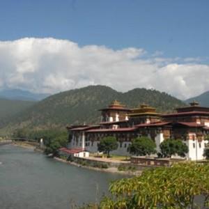 Bhutan travel buildings