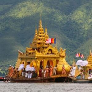Burma_InleLake_PagodaFestival_AA