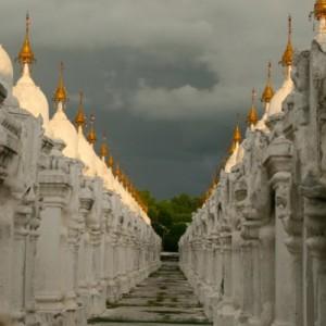 Burma_Mandalay_StupaRow_AA