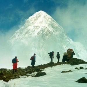 Nepal_Khumbu_PumoriTrail_V