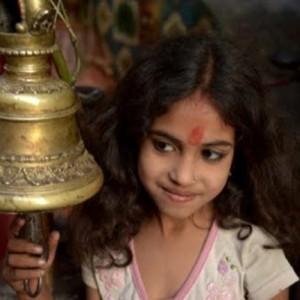 Nepal_girlportrait_MirjamEvers copy