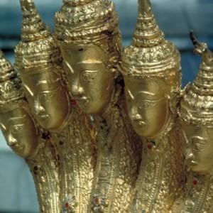 thailand grand palace hand