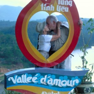 Vietnam custom tours couple