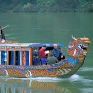 Vietnam tour river boat