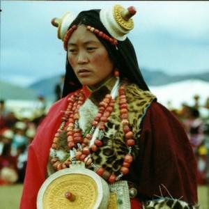 tibet travel woman kham