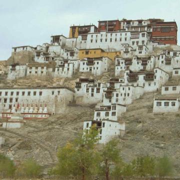 touring tibet