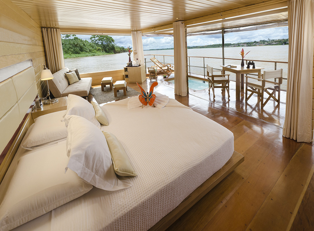 Master Suite in Delfinn Amazon Cruises
